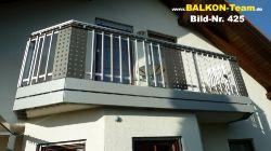 BALKON-Team-Balkonverkleidung-Lochblech-425