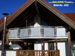 BALKON-Team-Balkonverkleidung-Lochblech-452