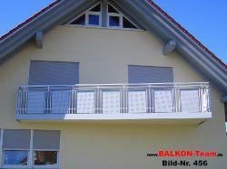 BALKON-Team-Balkonverkleidung-Lochblech-456