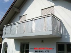 BALKON-Team-Balkonverkleidung-Lochblech-472