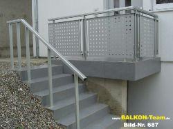 BALKON-Team-Keller-Treppen-687